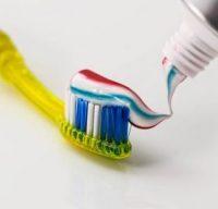 dantų pasta